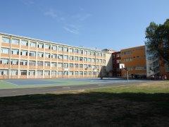 Посрещаме учениците си в обновена сграда
